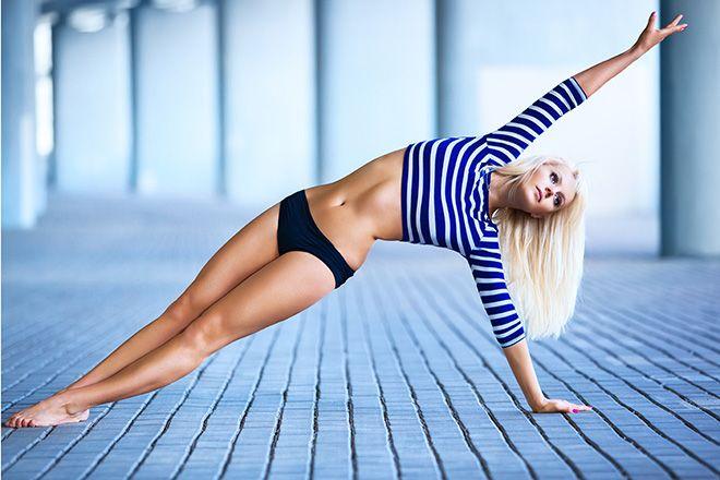 """Mnoho lidí by chtělo jiné tělo, než to, které mají. Jedni by chtěli zhubnout, druzí trochu přibrat a splnění svého snu vidí někde v nekonečnu. Zapomeňte na módní trendy, hladovky či přejídání, """"zázračné tabletky"""" a nákladné programy. Pokud opravdu chcete změnit své tělo, změňte své myšlení. Stačí pár jednoduchých kroků a můžete být spokojenější. Stanovte…"""