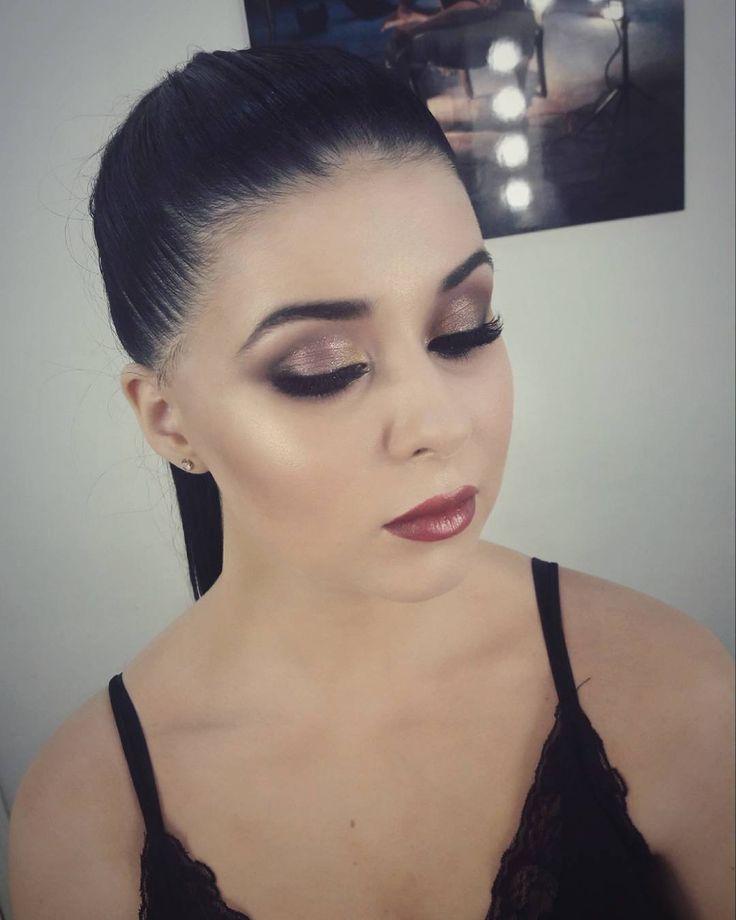 Glam glow baby makeup!!�� Должна признать�� что ярким девушкам сложно сделать идеальный макияж,��так как нужно чувствовать меру!���� Отличный результат�� стараний в образе шикарной девушки��Таня @tanya_boyarkova на московском фотодне от @kristen_millerph�� #wedding#makeup#makeupartist#hair#hairstyle#mua#muah#beauty#follow#followme#fashion #bride#bridallook#bridalmakeup#bridalhairstyle#makeupart#brides#стилист#свадебныймакияж #визажистмосква#визажист #макияжневесты#свадьба#свадебныепрически…