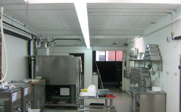 De ijsfabriek is gerenoveerd met Wonderboard voor een niet alleen lijkend schone omgeving maar een werkelijke schone omgeving dat voldoet aan HACCP richtlijnen. Kijk voor meer informatie op www.wonderboard.nl