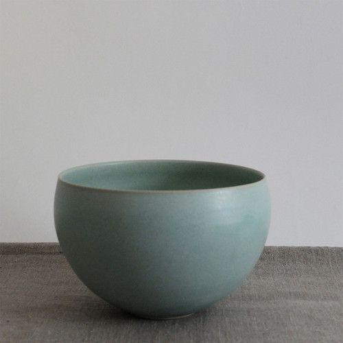 Hyejeong Kim  #ceramics #pottery