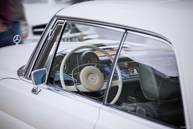 https://flic.kr/p/24aVCJf | White Benz | dashboard