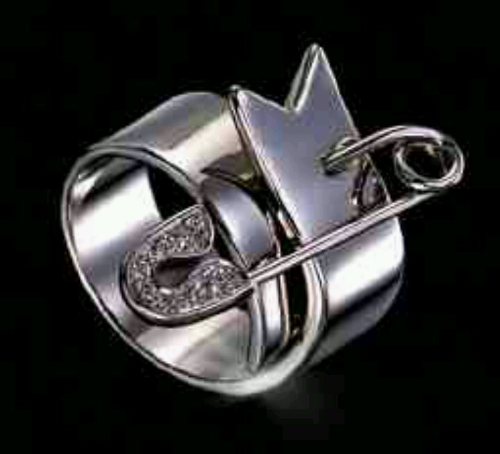 ヴィヴィアンの指輪の人気アイテムランキング!