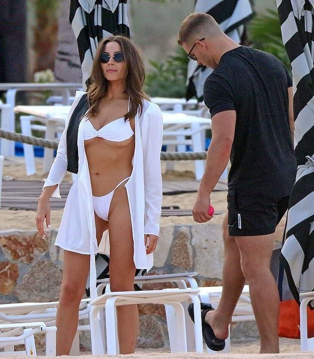 Olivia Culpo White Semi Sheer Jacket Autumn Winter 2020 On Sassy Daily In 2020 White Bikini Hurley Swimwear Women Swimsuits