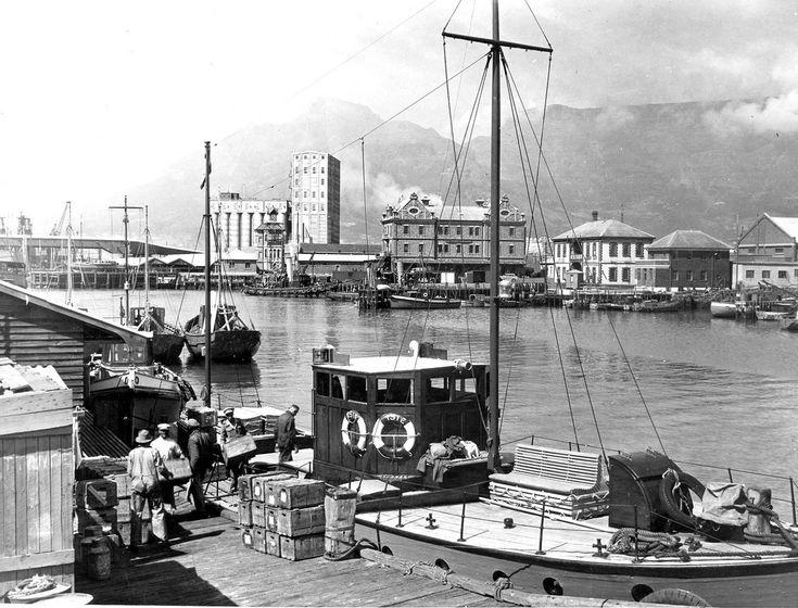 Cape Town Docks Scene (1930s) | by HiltonT