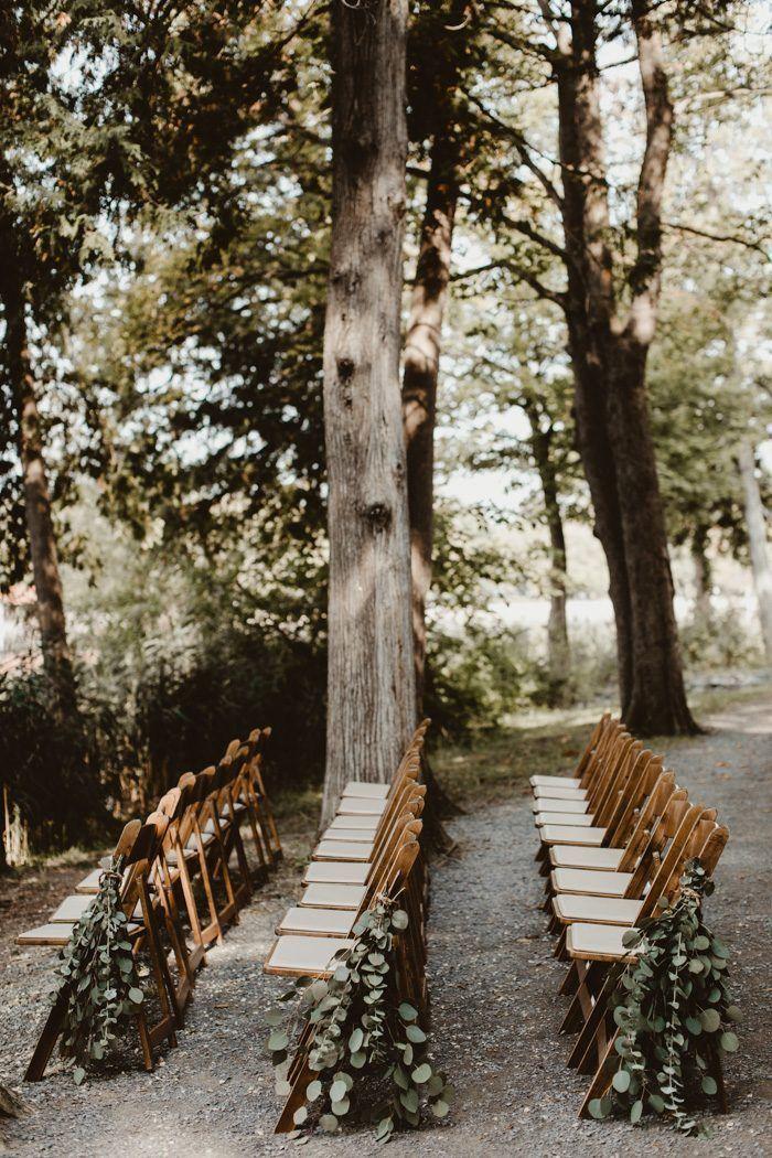 Drapiertes grün ist ein einfacher hochzeitsgangmacher, der auch eine aussage macht ICH…   – For Wedding