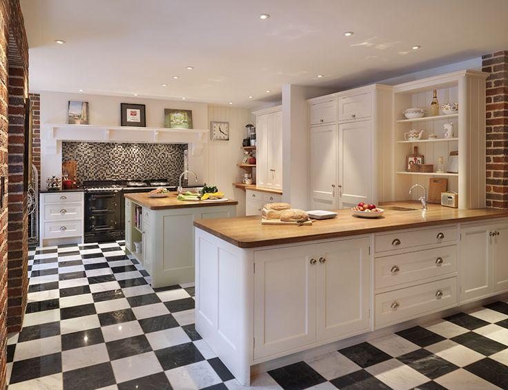 Watford Traditional Kitchen | Simon Taylor Furniture
