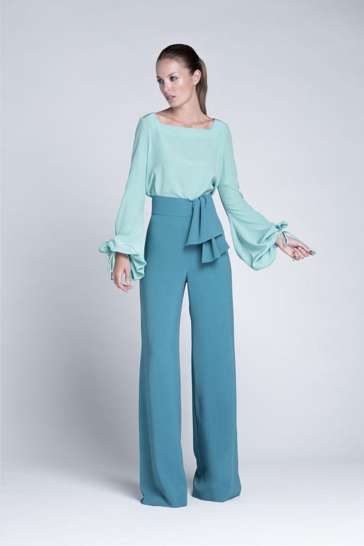 Conjunto de blusa de manga larga y pantalón palazzo con cintura alta. Modelo Satoru y Serika de Colour Nude