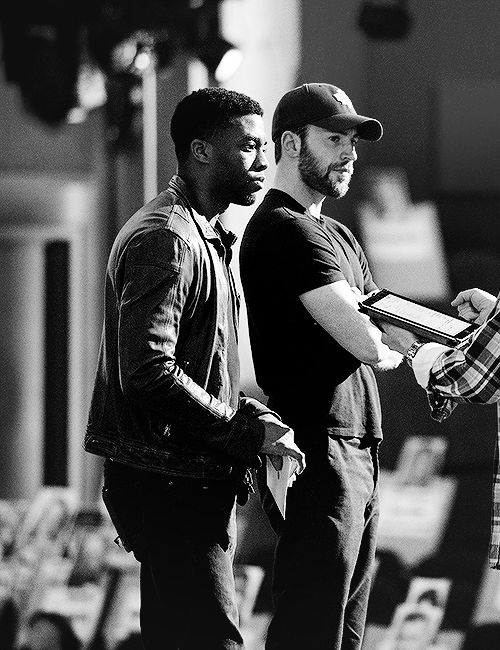 """chrisevansz: """""""" Chris Evans and Chadwick Boseman attend the 88th Annual Academy Awards (Rehearsals) """" """""""