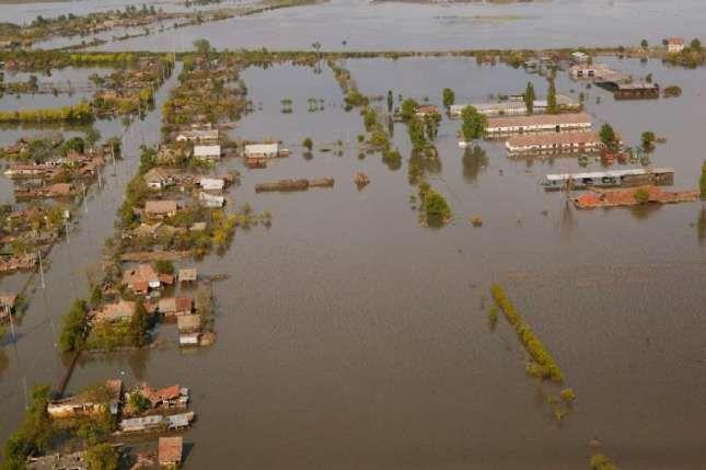Inundații com. Foeni 2005