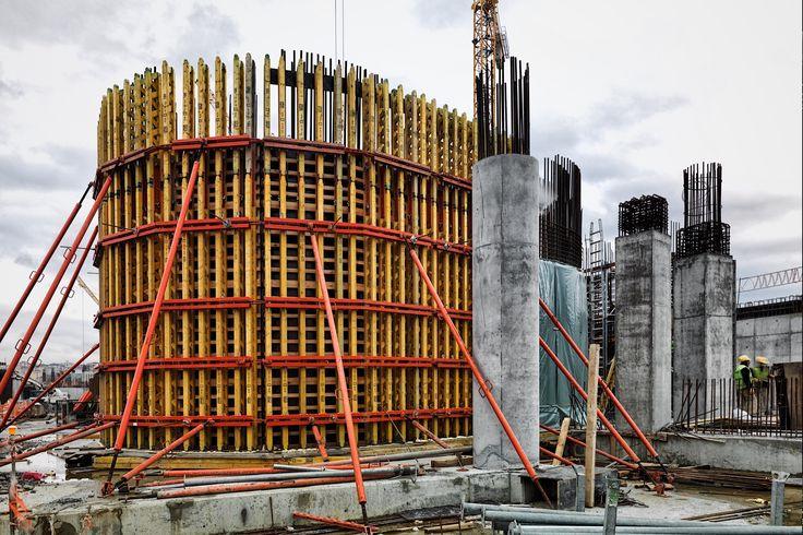 Sometimes things appear not only as they are. Concrete formwork of circulation cores in Garanti Bank Technology Campus (Photo : Cemal Emden) ---- Bazen herşey olduğu gibi görünmeyebilir. Garanti Bankası Teknoloji Kampüsü'nde sirkülasyon çekirdeklerinin kalıpları. (Fotoğraf : Cemal Emden)
