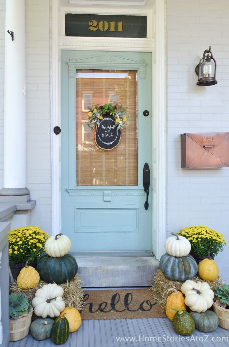 22 fall front porch ideas veranda home stories a to z - Yellow And Green Fall Porch