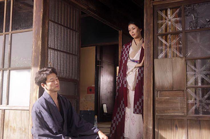 一個偽裝成住民的旅人, 埋伏在太宰治人生的最末章節, 不知他為何一心想死……  在東京旅行,只要搭 …