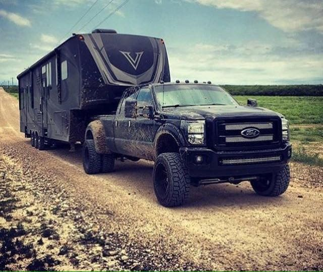 Ford Powerstroke Super Duty Dually Towing