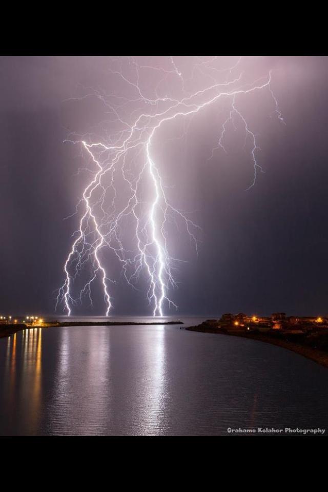 Mandurah lightening storm