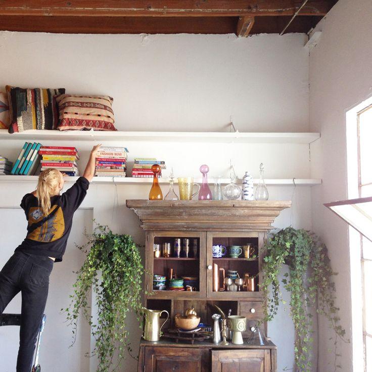 1000 ideas about long floating shelves on pinterest diy wall shelves diy wall and wall shelves - Small space storage ideas pinterest decor ...