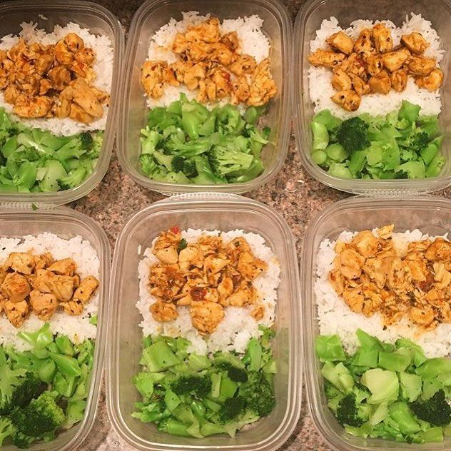 Healthy eating can be done on any budget - @sophadenise has spent very little on her healthy prep! She has Thai coconut chicken curry with broccoli and jasmine rice! - When you plan your meals in advance you spend less money on groceries! With @mealplanmagic youll buy only what you need saving money time and wasted food! - ALL-IN-ONE TOOL & GUIDES - Build Custom Plans & Set Nutrition Goals BMR BMI & Max Rate Calculator Get Your Macros by Body Type & Goal Grocery Lists Automated to Weekly...