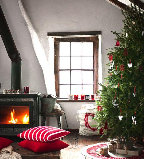 Christmas christmastree christmastrees christmasdecor christmastreetheme christmastreecolors christmasdecorations deckthehalls christmasspirit GeneralChristmas christmastreeornaments christmastreetopper