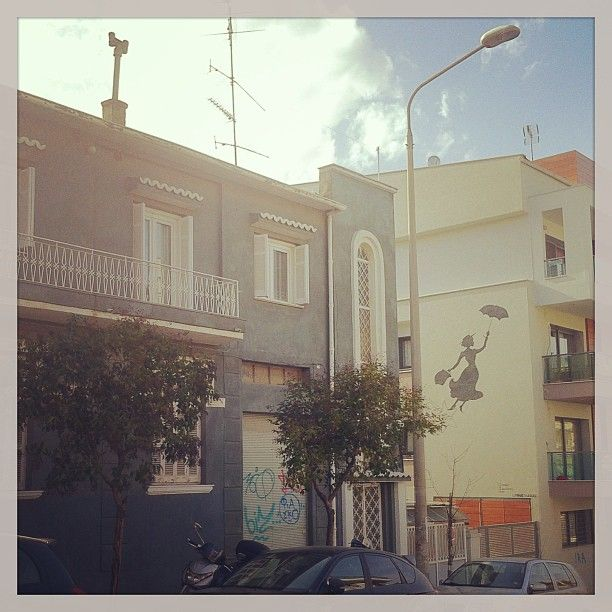 Mary Poppins flying around between the houses of Saranta Ekklisies. (Walking Thessaloniki - Route 13, Forty Churches)