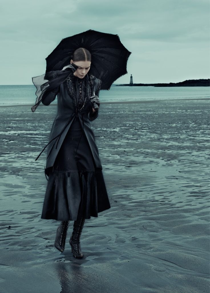Gothic-Outfit-Inspiration-ELLE-Germany03