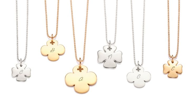 Choose your lucky charm among many cloverleaves! Have your necklace customized and engraved with the name of your beloved ones #lilou #necklace #lucky #customized #engraved #beloved