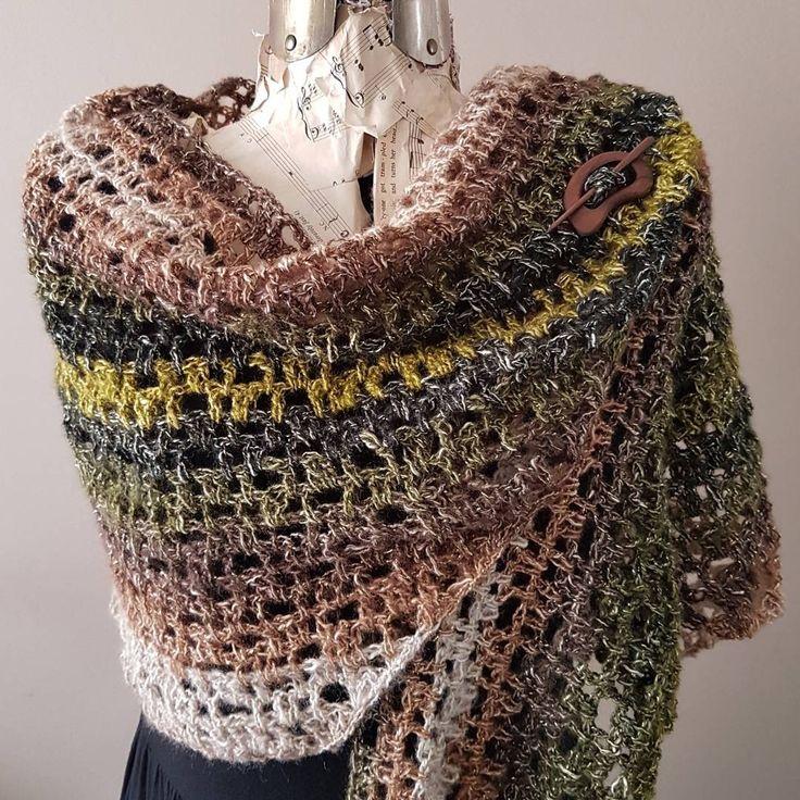 Crochet shawl/scarf (sold)