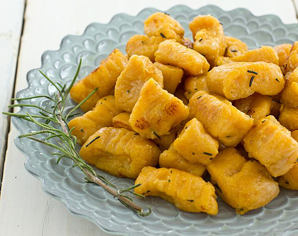 How to make sweet potato gnocchi. Definitely going to try!