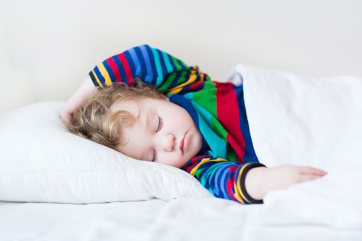 Sleep survey shows toddlers can be just as disruptive to parents' sleep as newborns | MadeForMums