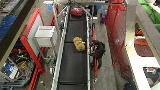 Schooltv: Bagage op Schiphol - Wat gebeurt er met je koffer?