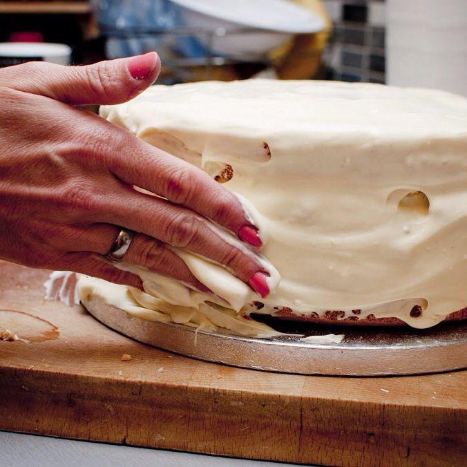 White chocolate, mascarpone and blueberry cake....almost ready.