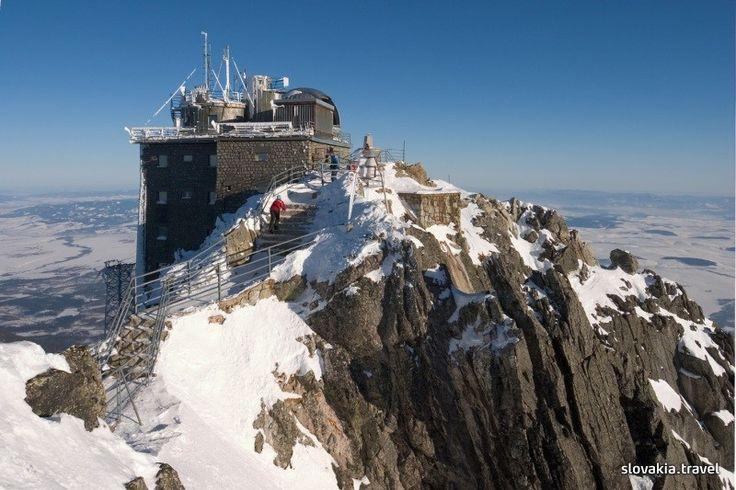 Lomnický štít peak (High Tatras)