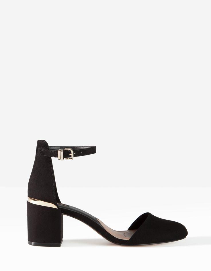 Mid-heel court shoes