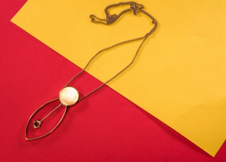 Pendulum Neckpiece Buy this from : https://www.instamojo.com/storeuntold/pendulum-neckpiece/