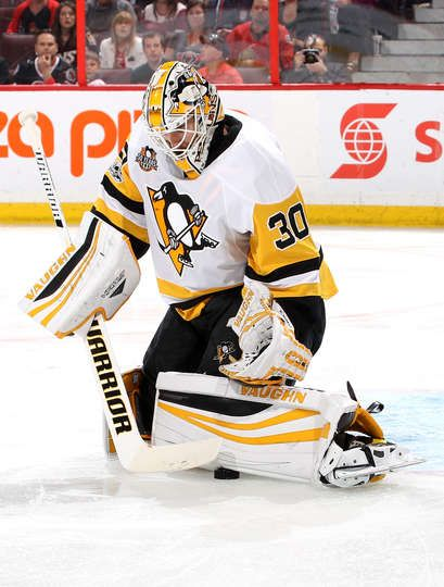 OTTAWA, ON - MAY 23: Matt Murray #30 of the Pittsburgh Penguins tends goal against the Ottawa Senators during the second period in Game Six of the Eastern Conference Final during the 2017 NHL Stanley Cup Playoffs at Canadian Tire Centre on May 23, 2017 in Ottawa, Canada. (Photo by Jana Chytilova/Freestyle Photo/Getty Images)