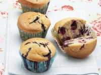 Muffin alla panna e mirtilli