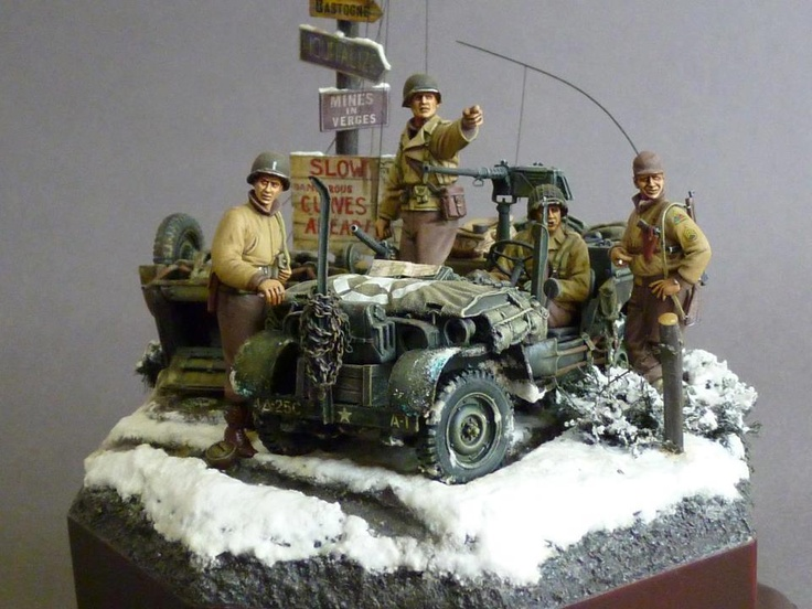 Military Jeep diorama models.