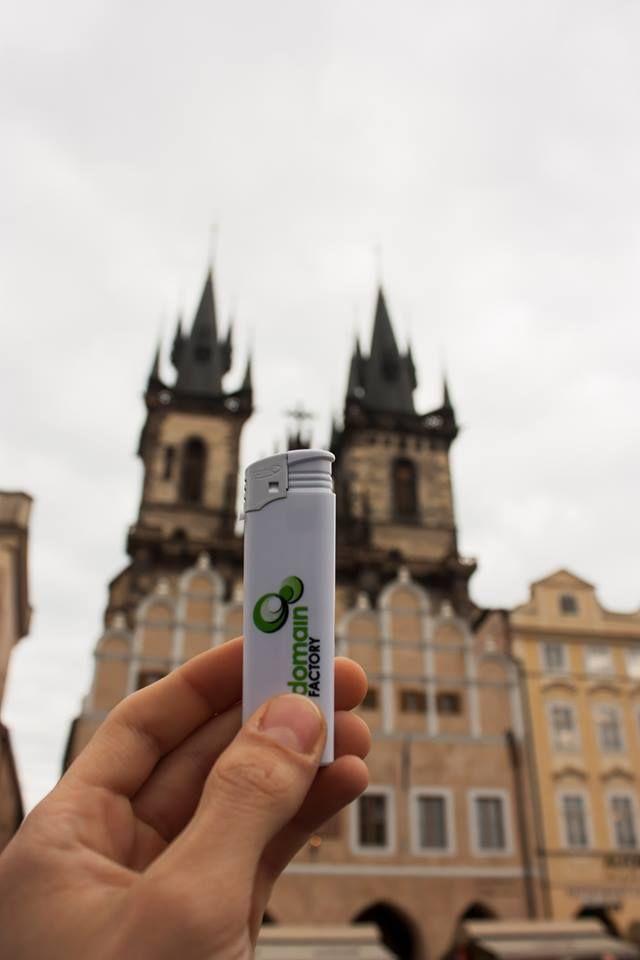 dF-Feuerzeug in Prag, Tschechische Republik