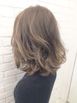 【ALBUM原1】能瀬_ハイライトグレージュ_ba18366 - 24時間いつでもWEB予約OK!ヘアスタイル10万点以上掲載!お気に入りの髪型、人気のヘアスタイルを探すならKirei Style[キレイスタイル]で。