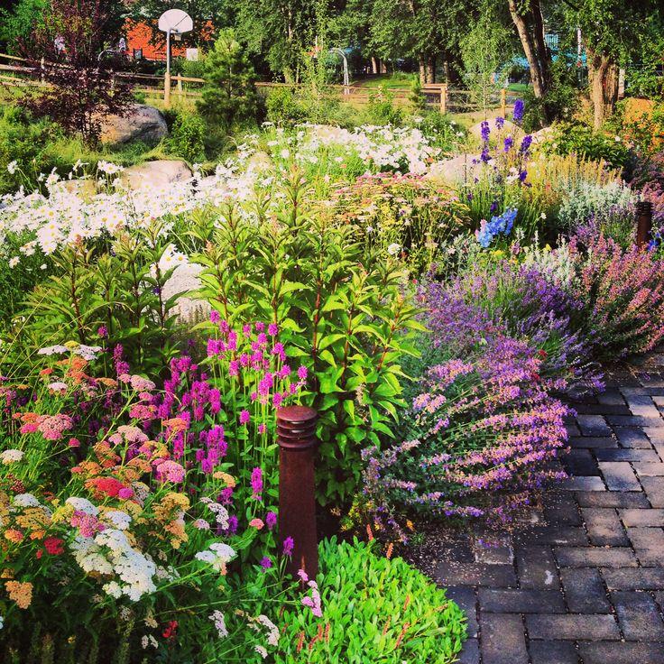 Artful Gardens Aspen Garden Ftempo