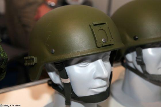 Начато серийное производство шлемов и костюмов танкиста Ратник
