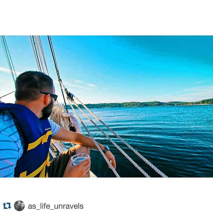 Perfect day for a Hood Canal sail from our dock! #Repost @as_life_unravels with @repostapp.  Like a river flows surely to the sea darling so it goes some things are meant to be  #myheart #vacas #getaways #love #beach #sailingboat #sailboat #happy #alderbrook #pnw #pnwonderland #beautiful #lyrics #hoodcanal by alderbrookresort