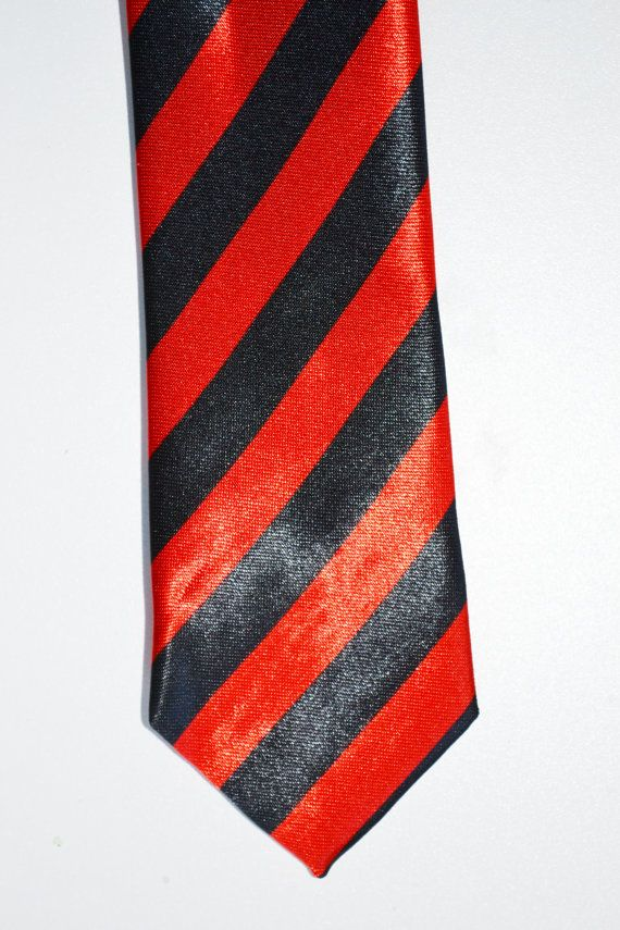 Mens Tie Black and Red Stripe Modern Style Skinny by TiestheKnot, $8.99 | See more about Men Ties, Red Stripes and Ties.