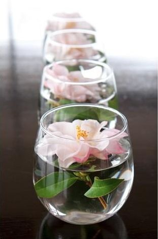 simple floating pink flower roses for centerpiece