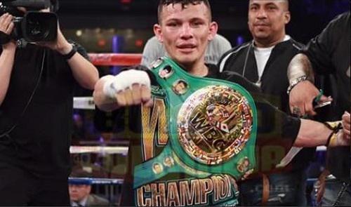 Óscar Escandón, campeón mundial interino de boxeo peso pluma de la CMB, el 5 de marzo del 2016 en Washington, USA.