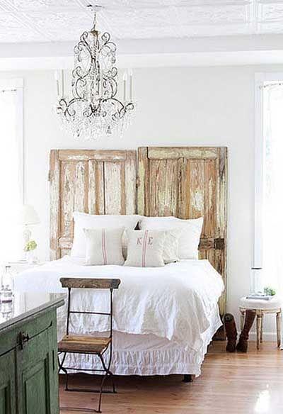 cabecero cama con puertas viejas: