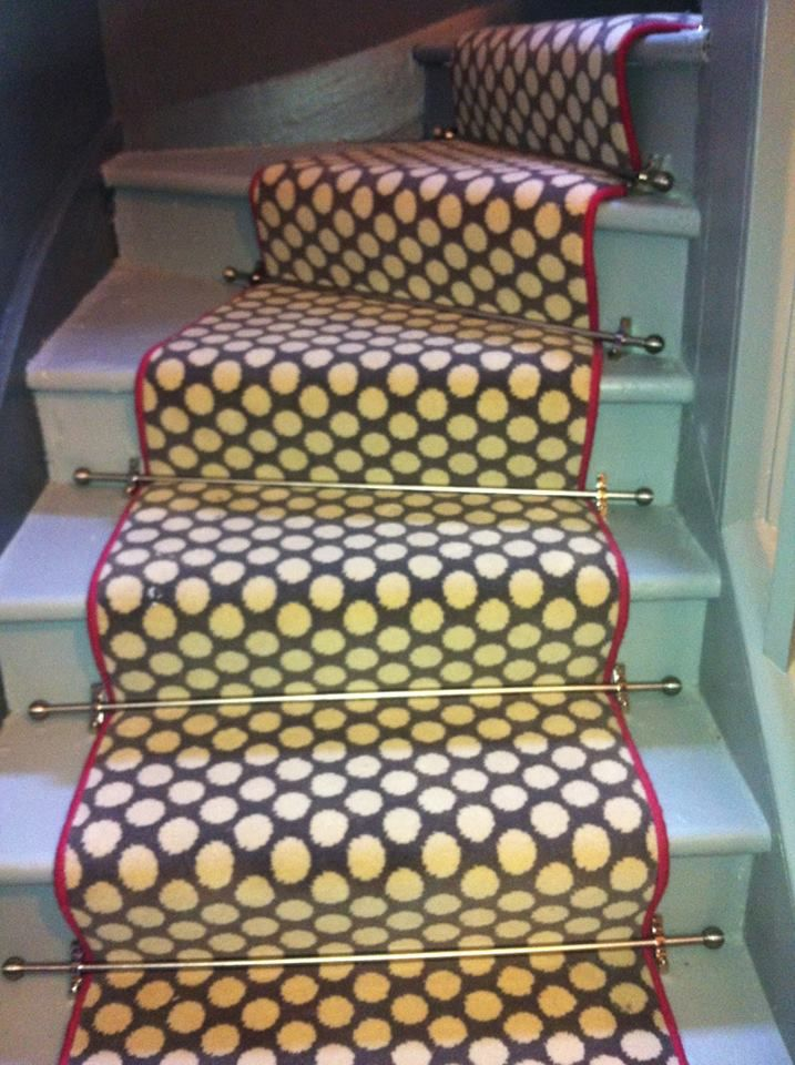 Turn Stair With Alternative Runner And Stair Rods