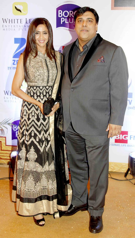 Ram kapoor with wife gautami kapoor at gold awards 2015 goldawards2015 bollywood