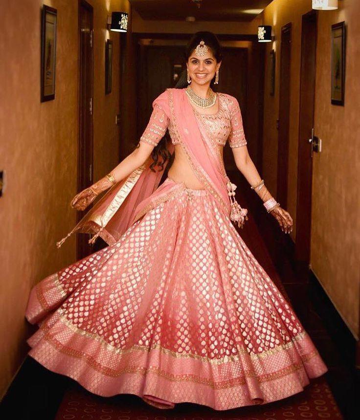 Gorgeous pink Ombre Banarsi Lehenga shot by Gautam Khullar Photography. #Wedmegood