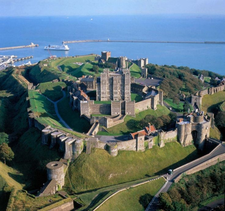 Dover Castle on the English Channel - England invincible fortress  / No attacker could ever take Dover Castle. For tourists now conquer the castle.
