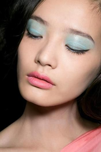 Powder Blue Lids & Petal Pink Mouth #ASIAN #MAKEUP #BEAUTY
