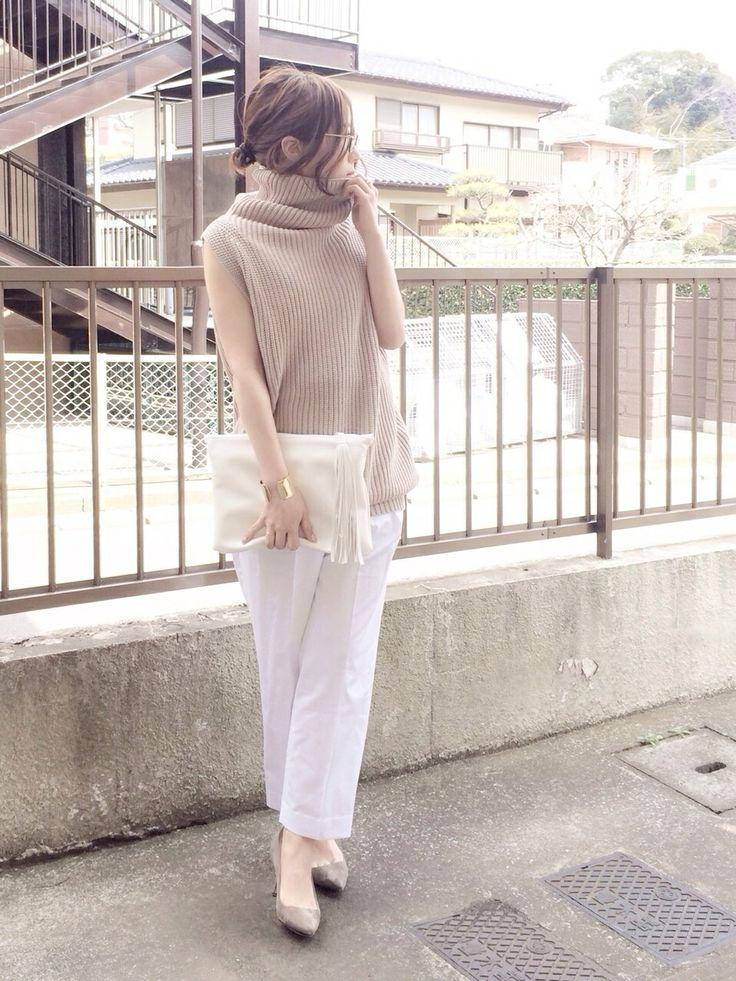 shihoさんのスラックス「MACPHEE クリアホワイトワイドパンツ」を使ったコーディネート